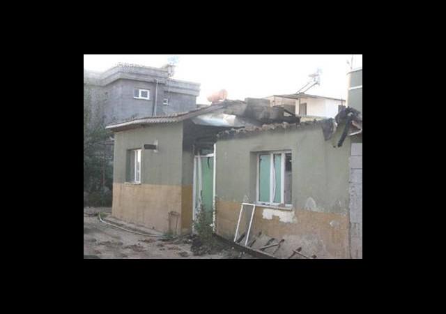 Hatay'da, Çıkan Kavga Yüzünden 300 Kişi Köyü Terk Etti