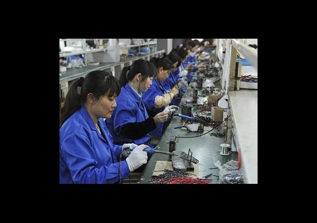 Çin'de Üretim 11 Ayın Zirvesinde