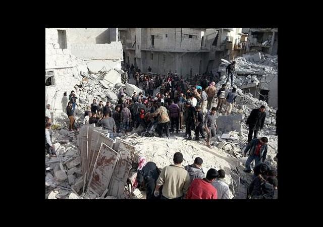 Varil bombalı saldırıda 13 kişi öldü
