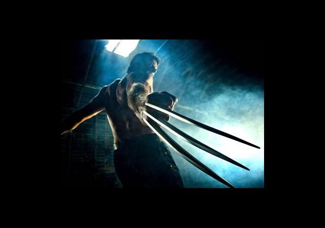 Wolverine Iron Man'i Döver!