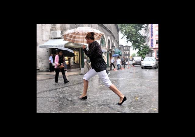 Meteoroloji'den İstanbul'a Sel Uyarısı!