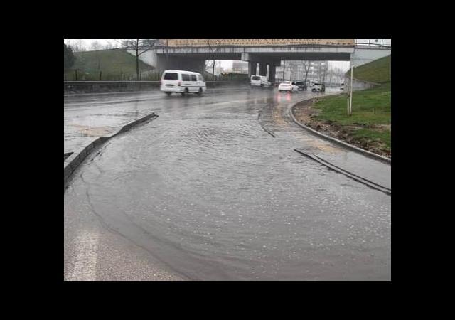 Son yağışlar İstanbul'un kaç günlük su ihtiyacını karşılar?