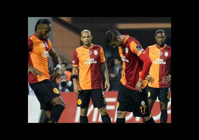 Galatasaray'da 4 Yolcu!