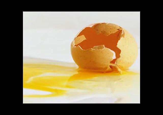 Yumurta lekesi nasıl çıkar?