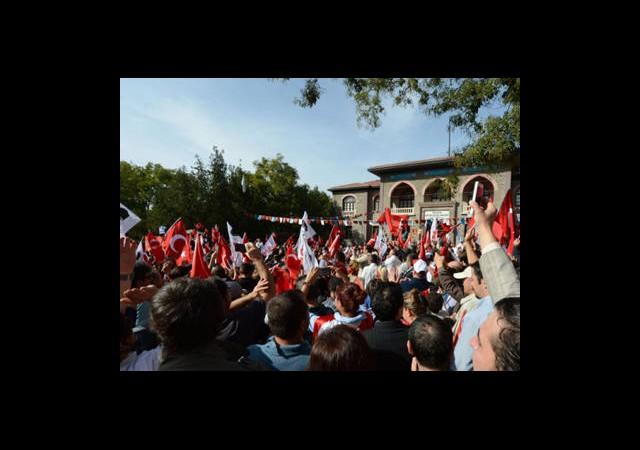 Ankara'daki 29 Ekim Yürüyüşüne Soruşturma!