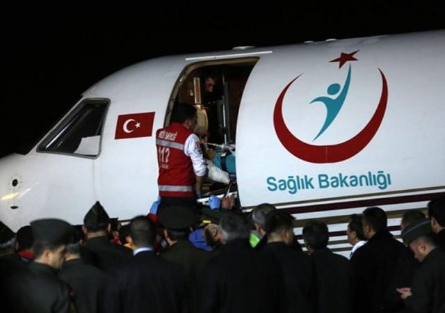 Ambulans uçakla Ankara'ya getirildi