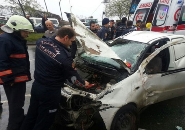 Yıldız futbolcu trafik kazası geçirdi! Ölümden döndü