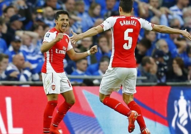 Alexis Sanchez, Arsenal'i finale taşıdı!