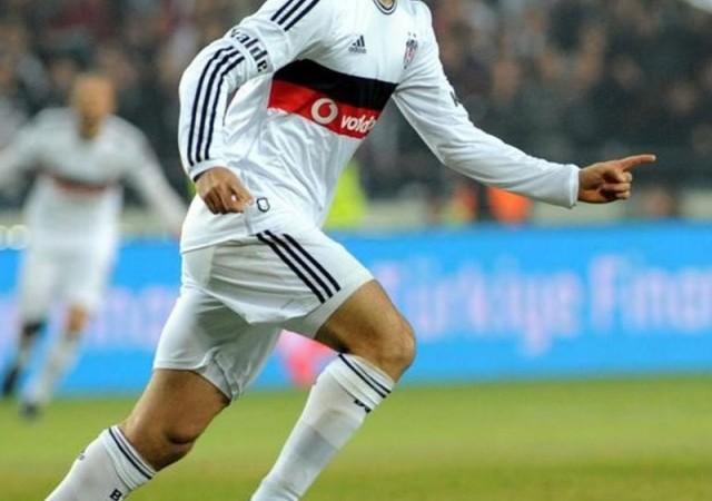 Dünya devi Beşiktaş'ın yıldızını istiyor!