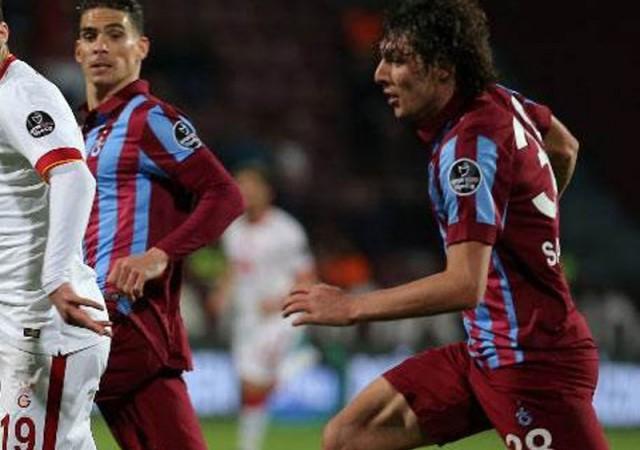 Trabzonlu futbolcu: ''G.Saray şampiyon olsun''