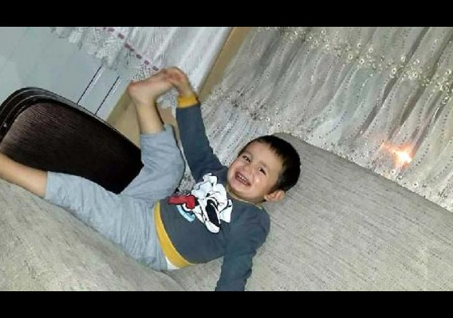 En acı ölüm! Minik çocuk evde oyun oynarken...