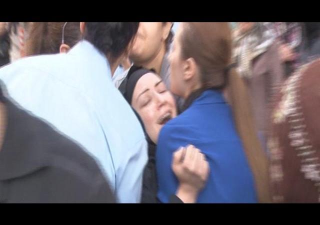 İntihar eden komiserin cenazesi gözyaşları içinde morgdan alındı