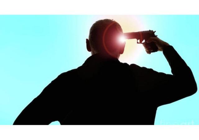 Silahlı selfie'de yanlışlıkla tetiğe bastı