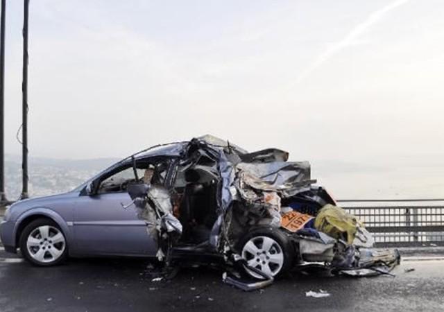 Köprüde feci kaza! 1 ölü, 4 yaralı