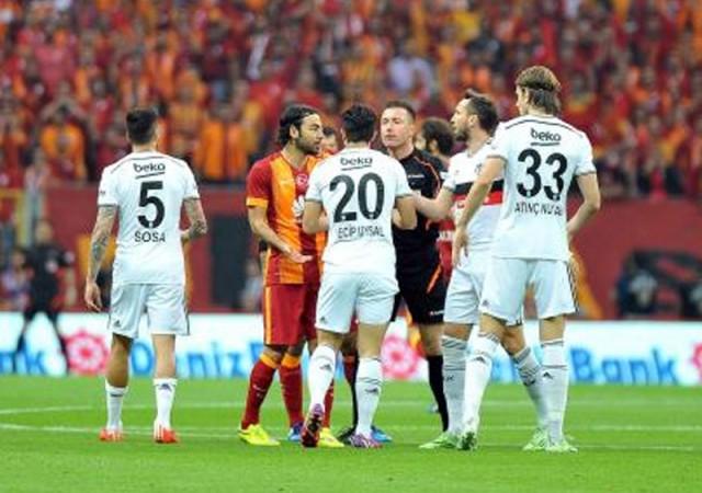 Beşiktaşlılardan Galatasaray'a ''şike'' göndermesi!
