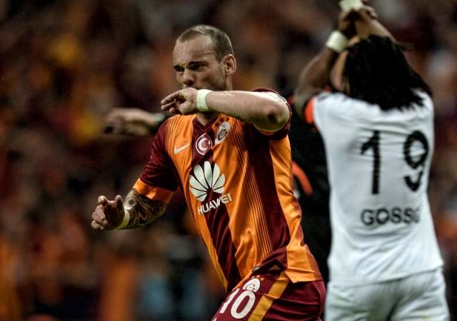 Sneijder transferi açıkladı! 'Seneye...'