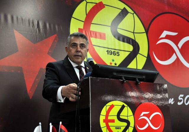 Eskişehirspor'da yönetim ibra edildi