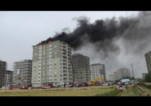 11 katlı binada korkutan yangın!