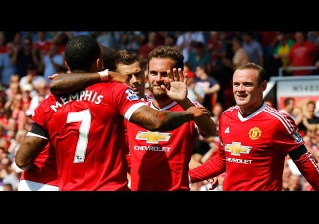 United'dan üç puanlı açılış!