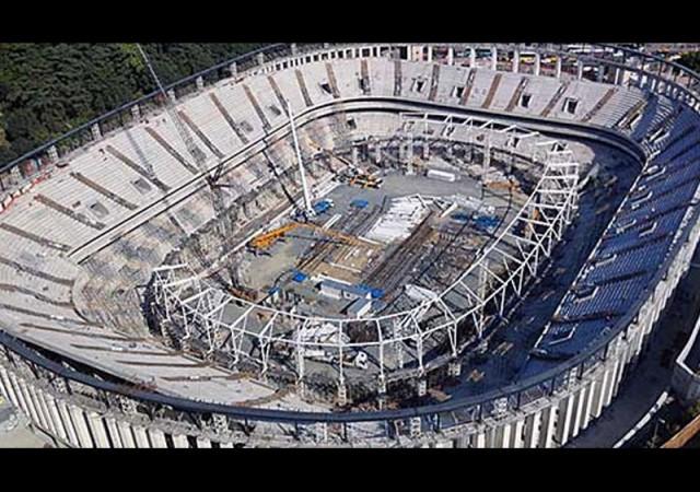 Beşiktaş'a şok haber! Stadyum inşaatı durdu...