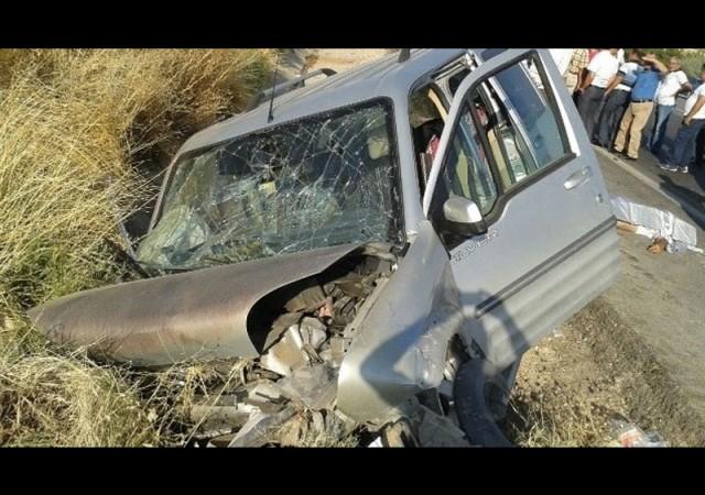 Karayolunda feci kaza: 2 ölü, 2 yaralı