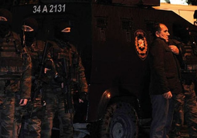 Şırnak'ta polise bombalı saldırı