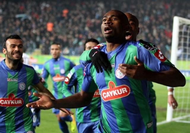Kweuke için olay iddia! İstanbul'a transfer...