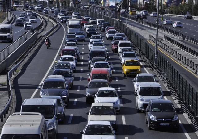 Trafiğe kapandı... İstanbul'da bu yollara dikkat