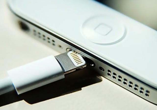 iPhone'u bir hafta şarjsız çalıştıracak pil yolda