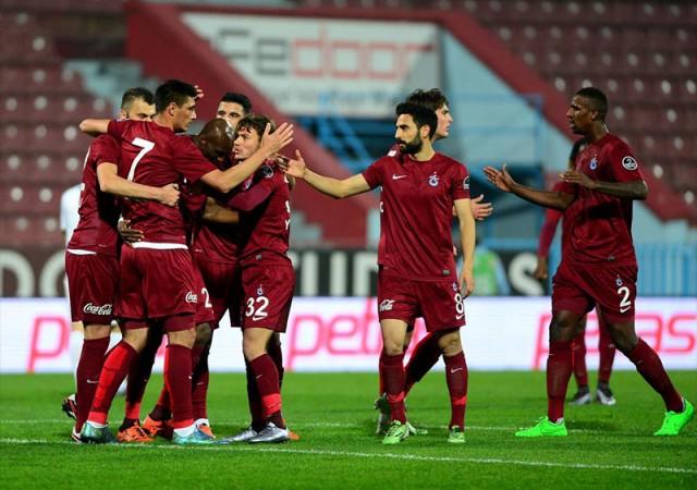 Trabzonspor:3 Eskişehirspor:1   Süper Toto Süper Lig Maç Özeti