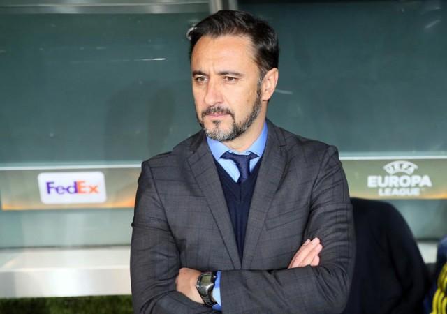 Pereira'dan Van Persie kararı! Başakşehir maçında...