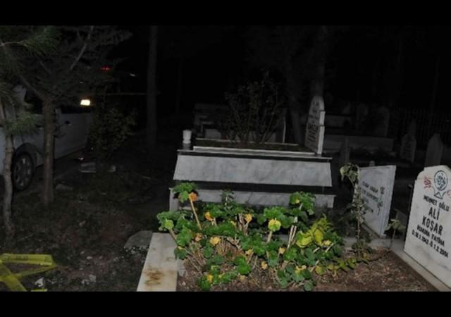Babasının mezarı başında intihar etti