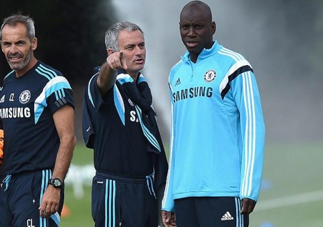 Mourinho'ya son darbe Demba Ba'dan!
