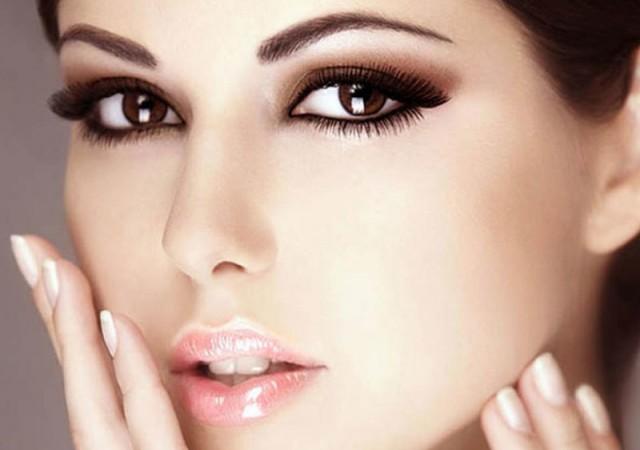 Kahverengi gözler için makyaj ve gölgeler