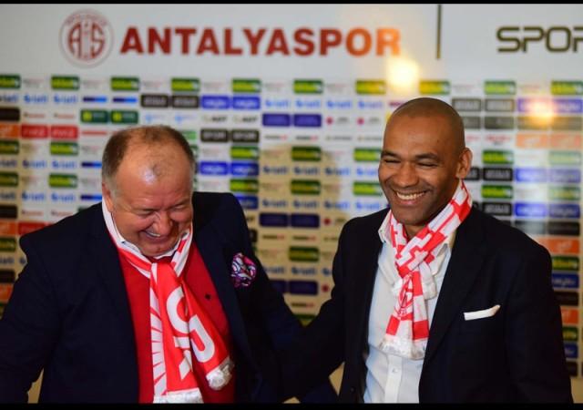 Antalyaspor'da yeni dönem! Mourinho'nun yardımcısı...