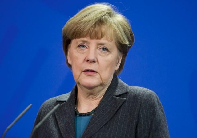 Merkel Türkiye'yi savundu!