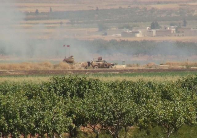 Asker roketin geldiği mevzileri vurdu