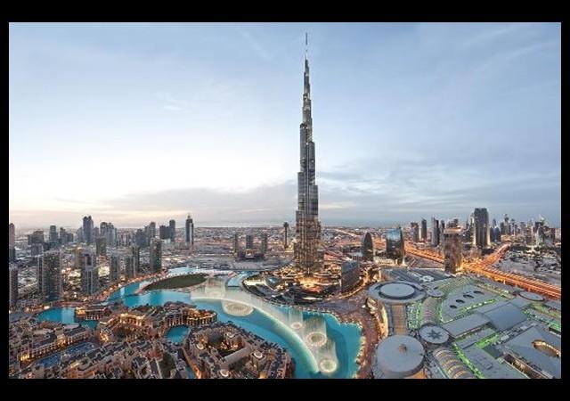 Dubai'de çöl ortasına otel