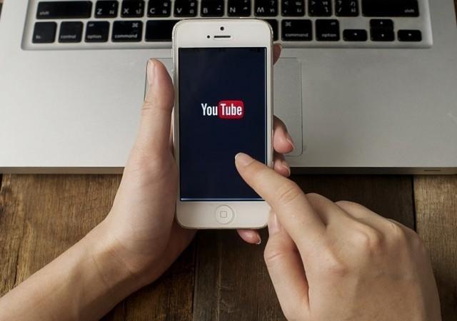 Youtube mobile uygulamasına 'otomatik oynatma' güncellemesi