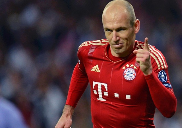 Devlerin Robben aşkı...
