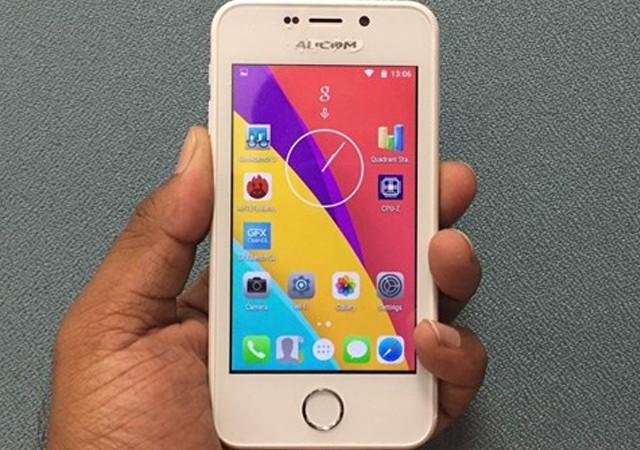 10 TL'lik akıllı telefon raflardaki yerini alıyor