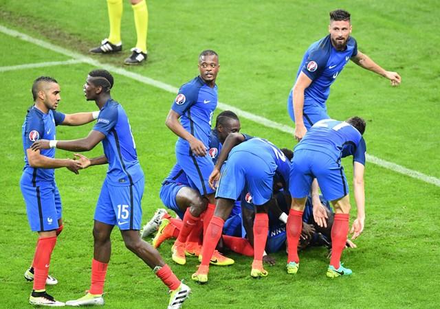 Fransa yarı finalde!