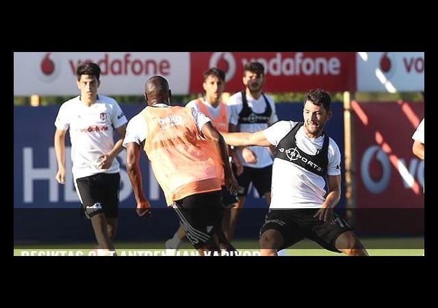 Beşiktaş çift antrenman yapıyor