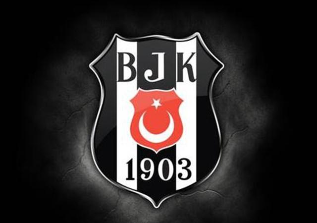 Beşiktaş'tan Demba Ba'ya 'geçmiş olsun' mesajı