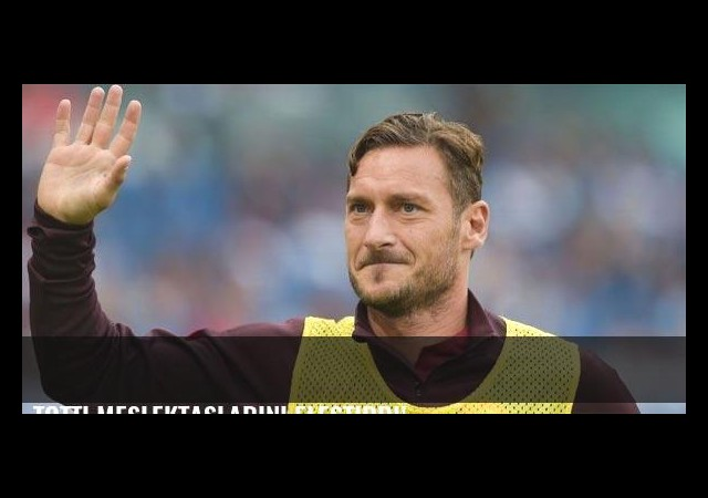 Totti meslektaşlarını eleştirdi!