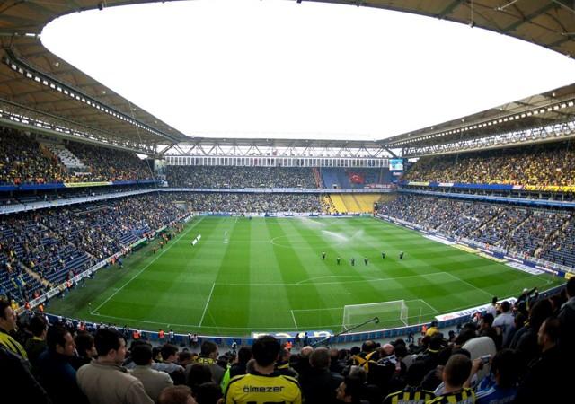 Fenerbahçe'nin rakibinden şok açıklama!