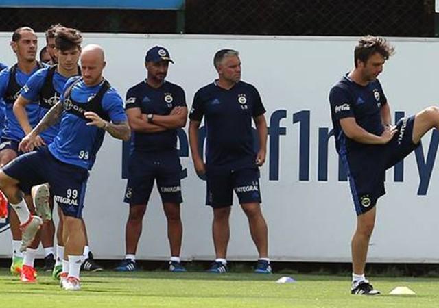 Fenerbahçe idmanında büyük sürpriz!