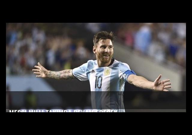 Messi milli takımda devam edecek