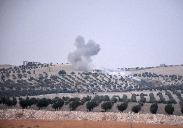 Tanklar Suriye'ye girdi! IŞİD denetimindeki Cerablus'a askeri harekat başladı
