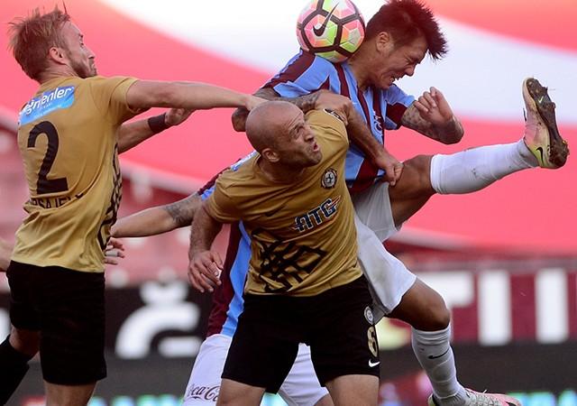 Osmanlıspor, Trabzonspor'u 2-0 mağlup etti!